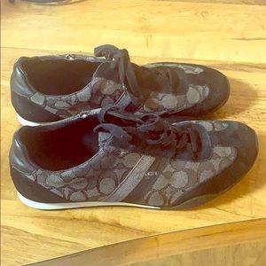 Woman's coach shoes 8.5